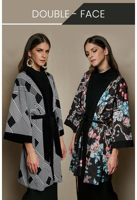 Double-sided printed short kimono